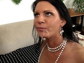 Lina Gets No Condom