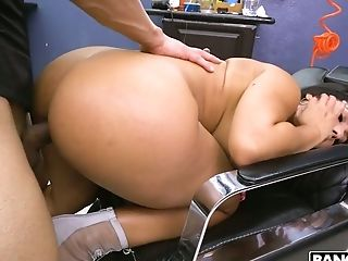 Exceptionally Fat Bottomed Cowgirl Called Rose Monroe Wanna Rail Fat Boner