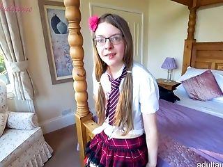 Free nerd teen cougar porn
