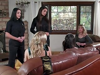 Insane Female Oral Joy In Scenes Of Lezzy Group Romp