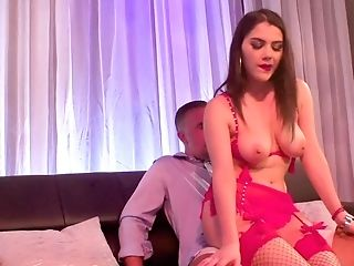 Valentina Nappi Serves Keiran Lee's Dick With Her Booty