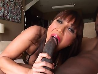Big Deposit Of Black Trunk Pleases Ava Devine More Than Anything