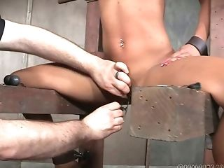 Horny Servant Chick Gets Perverse Weighted Clips On Her Snatch Lips