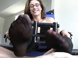 Big Titted Woman Eva Notty Tied Up For A Hot Sadism & Masochism Game