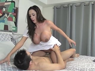 Sugary Ariella Ferrera Was So Blessed To Perceive A Massive Dick