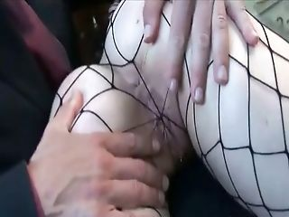 Xxx Suicide Gothic Biotch With Big Tits In Fishnets Getting Fu