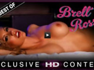 Mummy India Summer Shows Brett Rossi A Good Time. First-ever India Tempts The