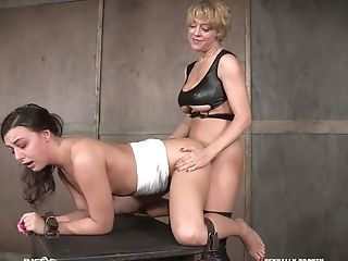 Nubile Enslaved Tart Whitney Wright Manhandled By A Lollipop And Dee Williams