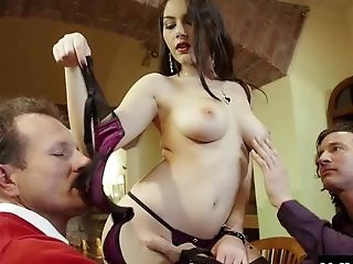 Ravishing Sweetheart Valentina Nappi Gets Pulverized With Two Dicks