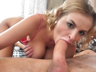 Natural Russian Mummy Decently Penetrated By Two Fucking Partners