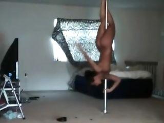 Rica Negra Bailando Undress Desnuda
