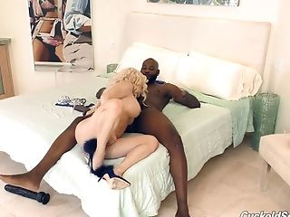 Nice Backside Nikki Taking Black Dick Hard-core Deeply