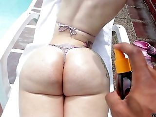 Shemale Honey Lexie Beth Getting Her Thick Booty Groped With Oil
