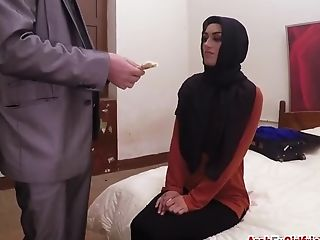 Arab Ex Gf Spoke Into Banging In Motel Room
