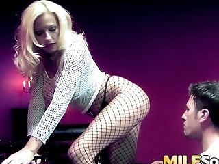 An Ass Fucking Reaming For Mummy Michelle Thorne