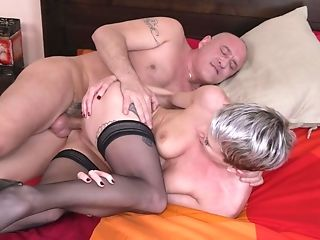 Bouncing On A Lengthy Pecker Makes Clarice Reach An Orgasm