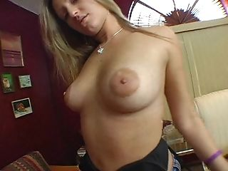 Hot Stunner Ash-blonde Hair Lady Fuckslut With Good Juggs Sucking - Deep-throats Dick