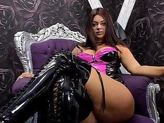 Queen Roberta - Fem Dom Promo - Sph Joi Foot Service @queenroberta92