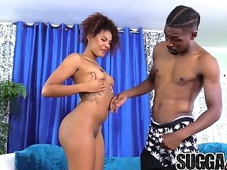 Chocolate-colored Sugar Zoey Reyes Fellates N Fucks Big Black Cock