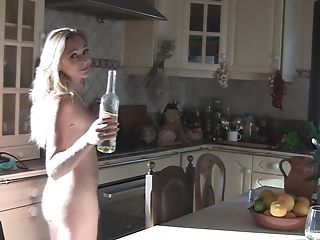 Matures Fledgling Housewife Eve Stuffs Her Cunt With A Glass Bottle