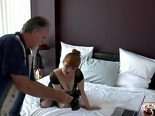 Behind-the-scenes 3some Anna Bell Peaks, Penny Pax & Alex Legend Part 1