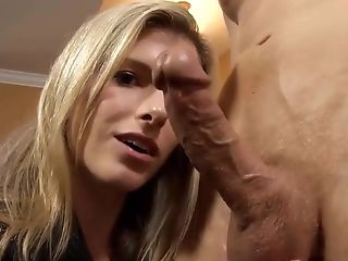 Dirty Talking Platinum-blonde Mom I´d Like To Fuck Does A Tugjob Till Glad End