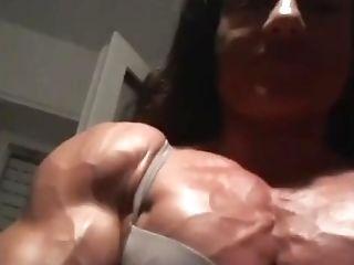 Bodybuilder G.t. Vascular Pretty Pecs