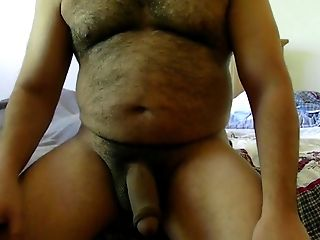 Big Uncircumcised Hairy Spear Stroke