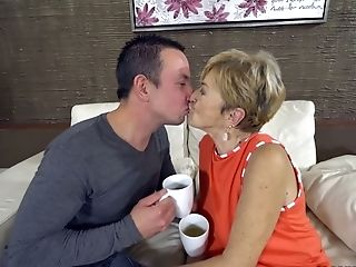 Youthfull Dude Fucks Bang-out-thirsty Granny Malya And Cums On Her Face