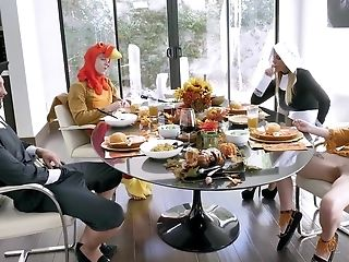 Family Celebrates Thanksgiving Day By Arranging Crazy Group Hook-up