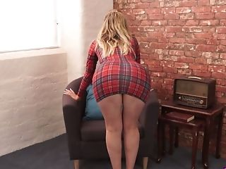Horny Honey Yasmin Grayce Performs Her Romp-starved Rosy Gash And Nice Ninnies