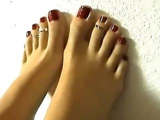 Yummy Toes