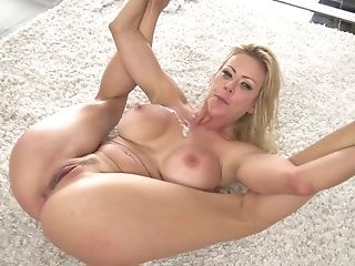 Stunning Cougar With Big Tits Fucked On The Floor
